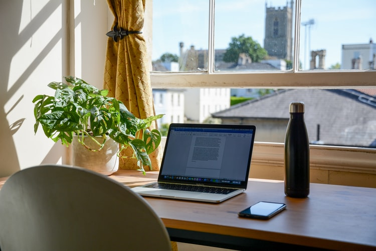 Porque eu troquei o home office pelo escritório compartilhado, por Dra Edivane Carneiro